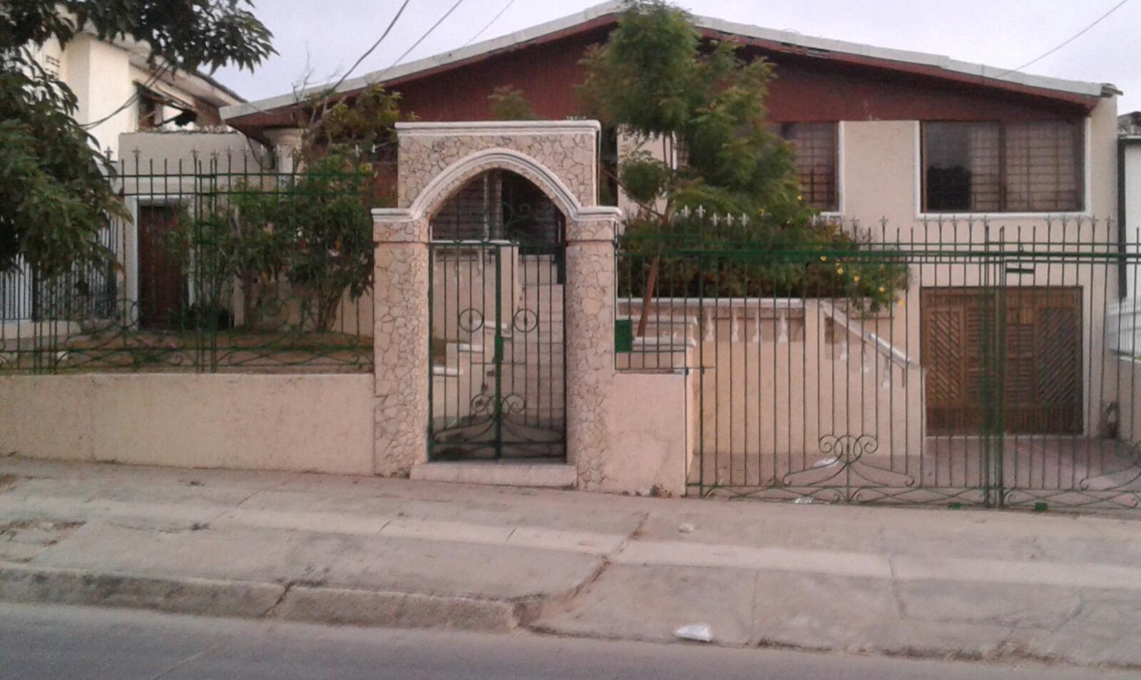 A la venta casa en ciudad jardin finza for Casas en ciudad jardin cali para la venta